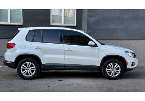 VW Tiguan : фото - Автопарк «+380Auto»