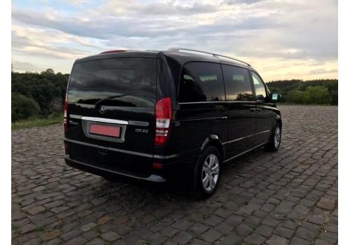 Mercedes Viano LUX